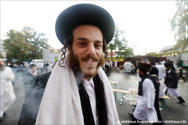 Паломники-хасиды начнут прибывать в Украину на празднование еврейского Ново