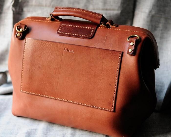 50 стильных сумок для мужчин сезона осень-зима 2012 32 (700x561, 90Kb)