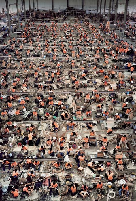 Андреас Гурский - самый дорогой фотограф нашего времени 4 (472x700, 550Kb)