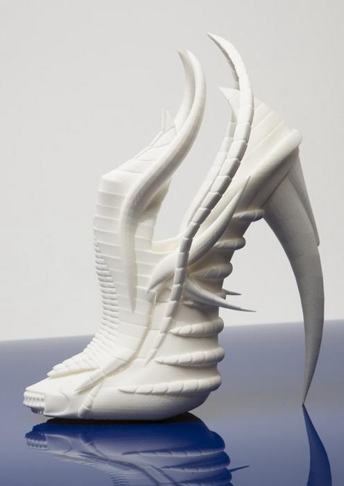 туфли из скелетов1 (496x700, 117Kb)