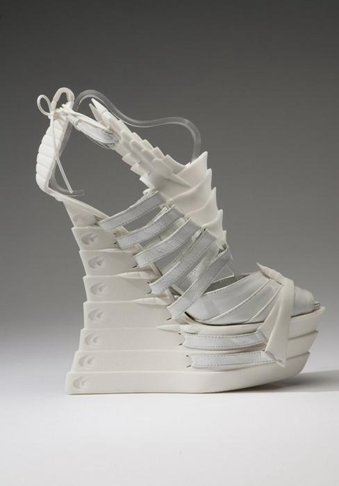 туфли из скелетов7 (488x700, 118Kb)