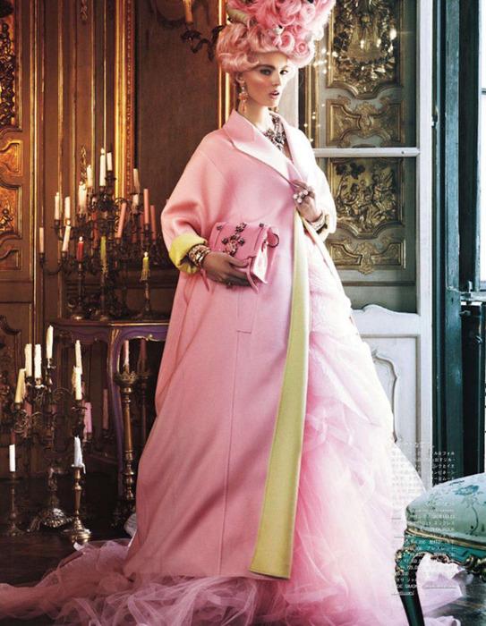 Мария Антуанетта на страницах Vogue12 (543x700, 152Kb)