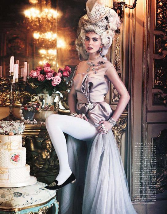 Мария Антуанетта на страницах Vogue14 (544x700, 169Kb)