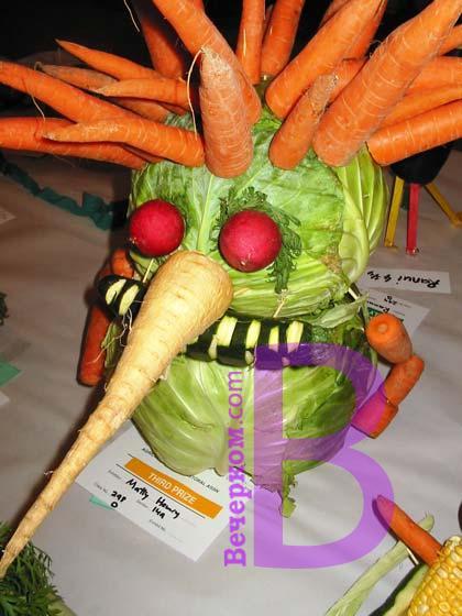 Сколько, оказывается интересных поделок из овощей бывает; жаль, что мне ничего из этого не попалось, когда мы с...