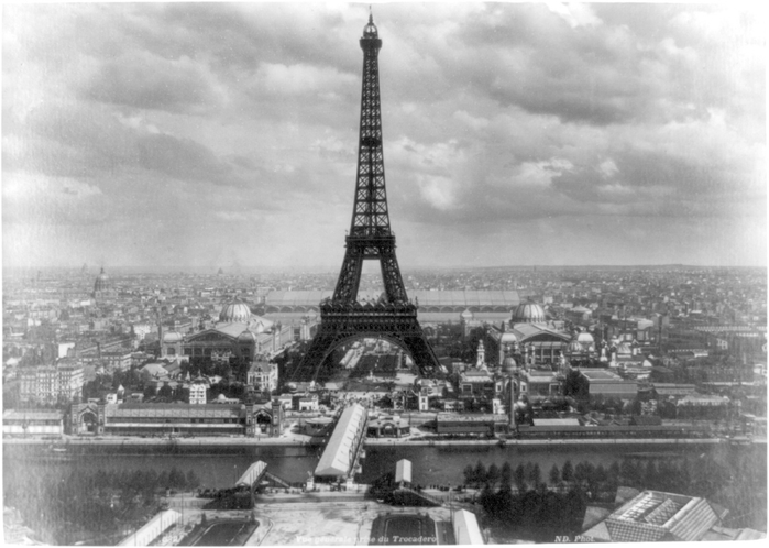 Eiffel_tower_at_Exposition_Universelle_Paris_1889 (700x498, 197Kb)