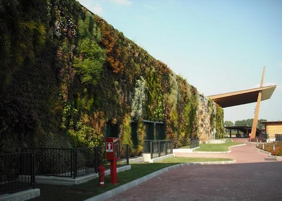 cамый большой вертикальный сад в мире2 (570x407, 157Kb)