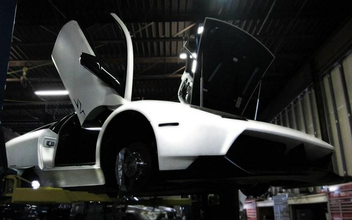 Lamborghini Murcielago LP 2000-2 SV Twin Turbo - мощность на пределе 3 (700x438, 73Kb)
