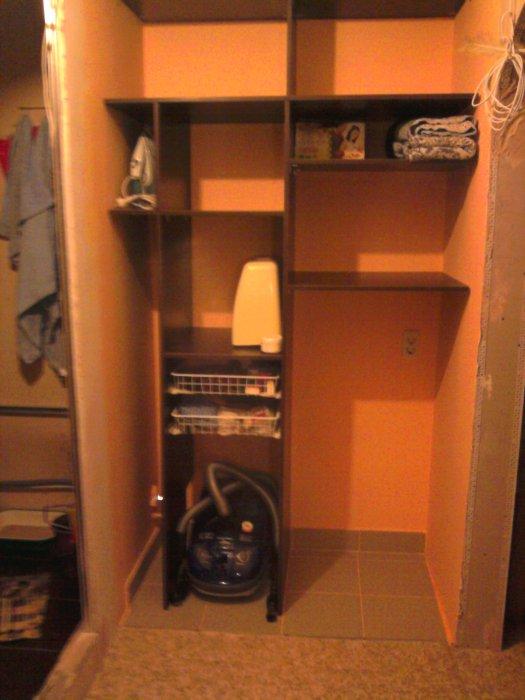 Как сделать кладовку в квартире если ее нет.