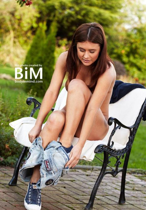Гламурная британская модель Келли Холл