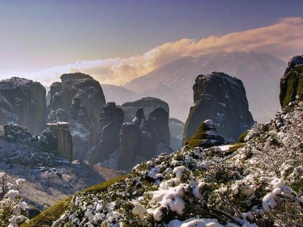 Пять самых недоступных монастырей в мире 1 (600x449, 226Kb)