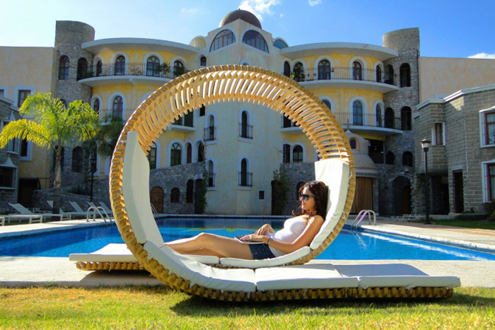 modern-unique-double-patio-lounger (700x467, 152Kb)