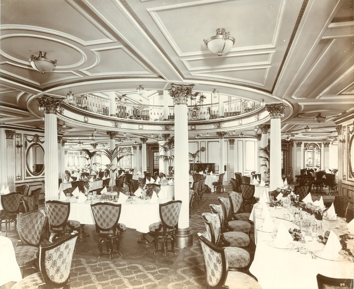 3753881_1_First_class_dining_saloon (700x571, 289Kb)