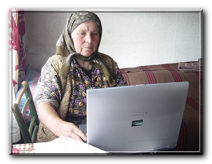 Смотреть онлайн в качестве Бабка не понимает о чем речь Full HD бабка