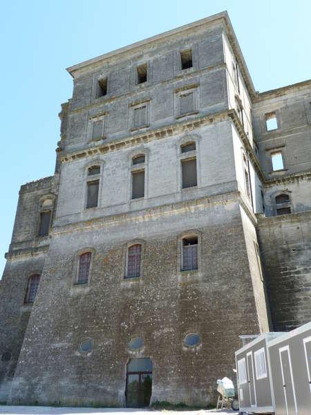руины аббатства Монмажур2 (450x600, 47Kb)