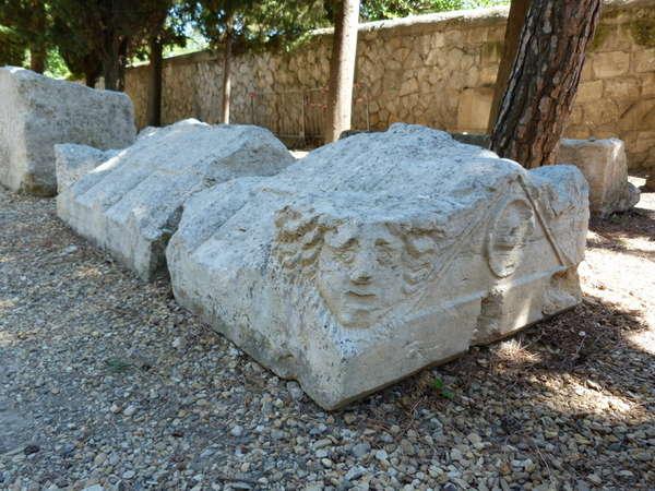 руины аббатства Монмажур10 (600x450, 62Kb)