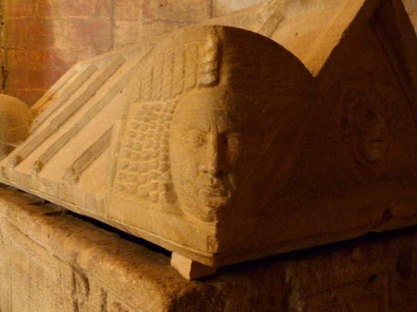 руины аббатства Монмажур19 (600x450, 31Kb)