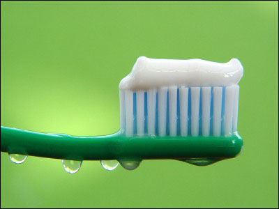 зубная паста (400x300, 31Kb)