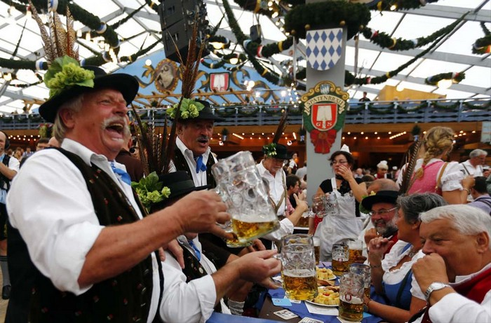 Октоберфест 2012 - лучшие фото фестиваля 7 (700x461, 137Kb)