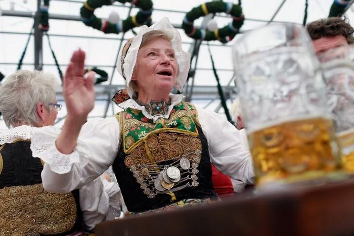 Октоберфест 2012 - лучшие фото фестиваля 17 (700x467, 87Kb)