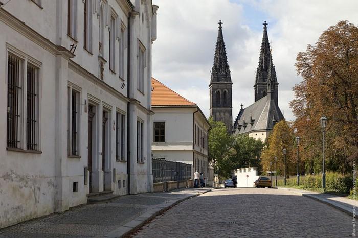 Неповторимая архитектура Праги 28 (700x466, 98Kb)