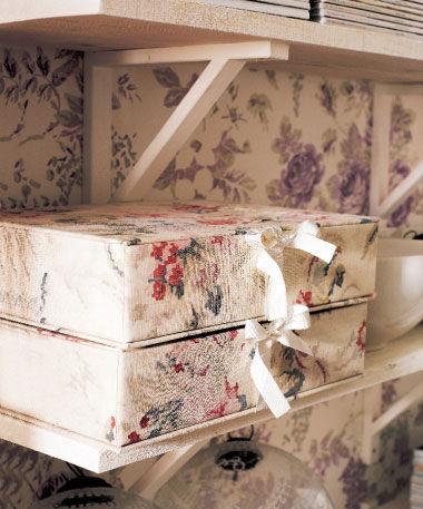 Как обшить шкаф тканью