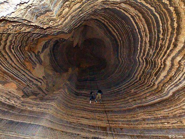 Соляная пещера Колонель на Мертвом Море в Израиле (604x455, 106Kb)