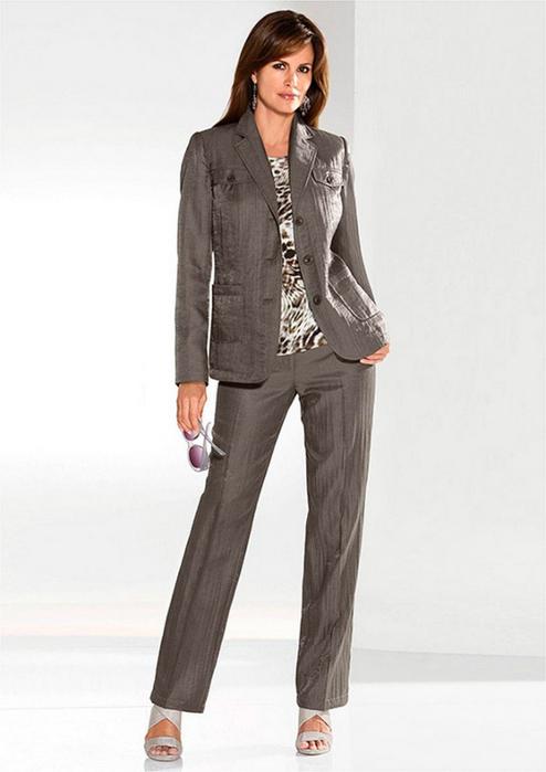 Лучшие женские брючные костюмы 2012 года 2 (494x700, 166Kb)