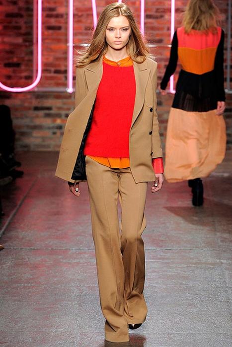 Лучшие женские брючные костюмы 2012 года 6 (467x700, 356Kb)