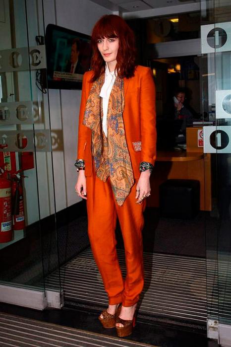 Лучшие женские брючные костюмы 2012 года 7 (466x700, 330Kb)