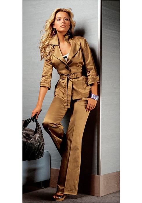Лучшие женские брючные костюмы 2012 года 20 (489x700, 250Kb)