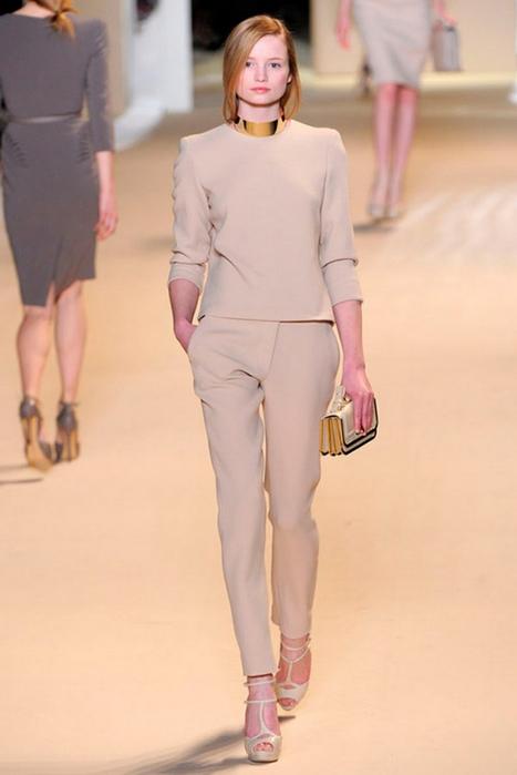 Лучшие женские брючные костюмы 2012 года 23 (467x700, 207Kb)