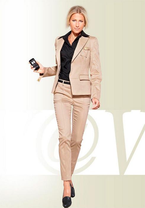 Лучшие женские брючные костюмы 2012 года 31 (490x700, 160Kb)