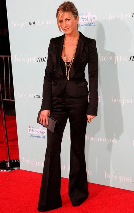 Лучшие женские брючные костюмы 2012 года 38 (441x700, 263Kb)
