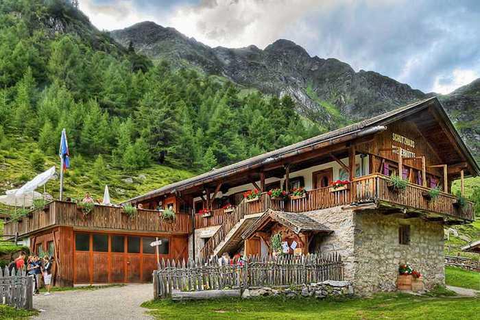 красивые домики в итальянской деревне 8 (700x467, 58Kb)