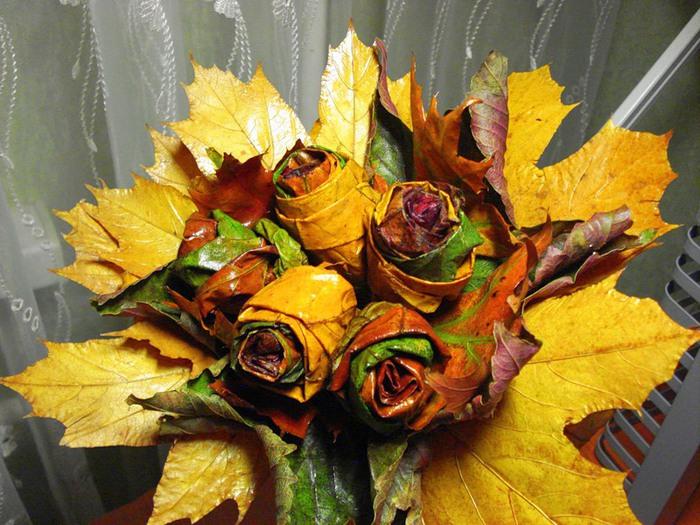 Букет из листьев клена на тему осень 88