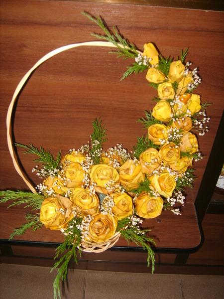 Цветы с листьев клена