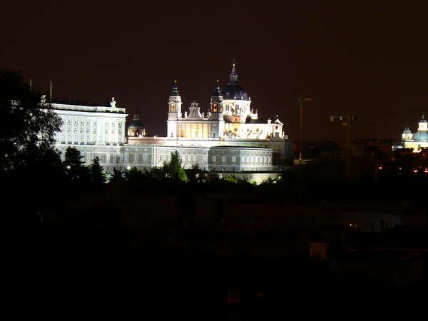 Мадрид9 (600x450, 42Kb)