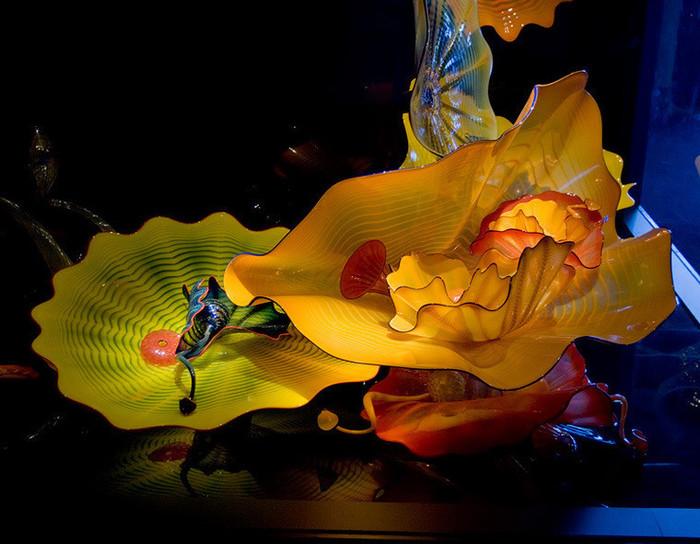 стеклянные скульптуры Дейл Чихули 16 (700x544, 116Kb)