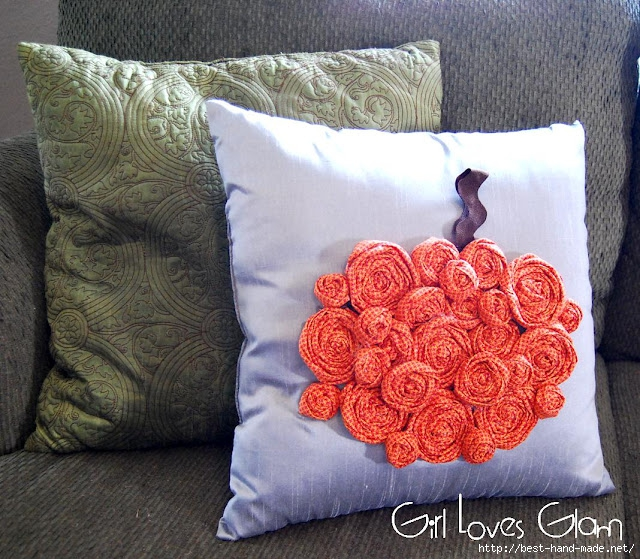 Rosette Pumpkin Pillow 4 (640x559, 316Kb)