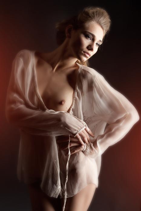 Фото женщин полуголых