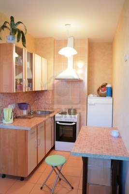 3271933-kleine-keuken-van-het-nieuwe-moskou-appartement-interieur (267x400, 23Kb)