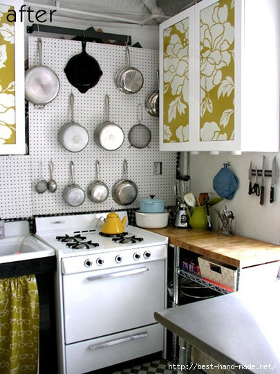 cute-small-kitchen-with-a-pegboard (405x540, 154Kb)