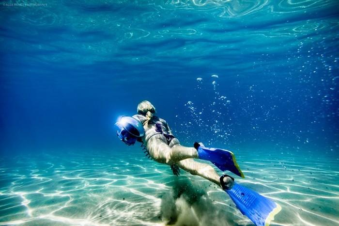 Красивые фотографии серферов от Alex Frings 14 (700x466, 82Kb)