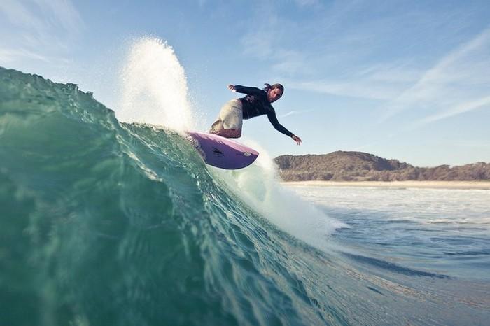 Красивые фотографии серферов от Alex Frings 18 (700x466, 64Kb)