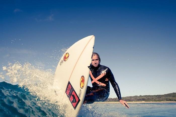 Красивые фотографии серферов от Alex Frings 34 (700x466, 64Kb)