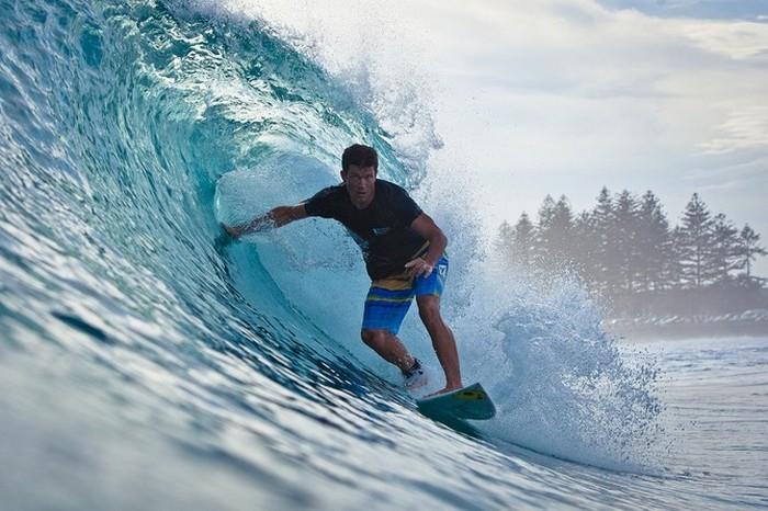 Красивые фотографии серферов от Alex Frings 46 (700x466, 101Kb)