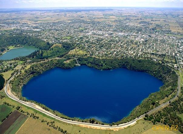 чернильное озеро фото (604x443, 113Kb)