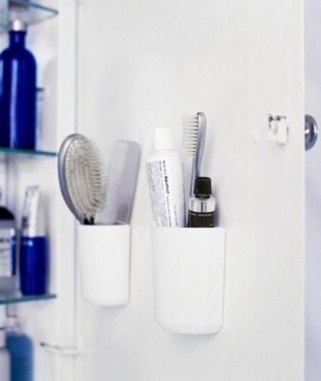 Творческие идеи хранения вещей в небольшой ванной комнате.