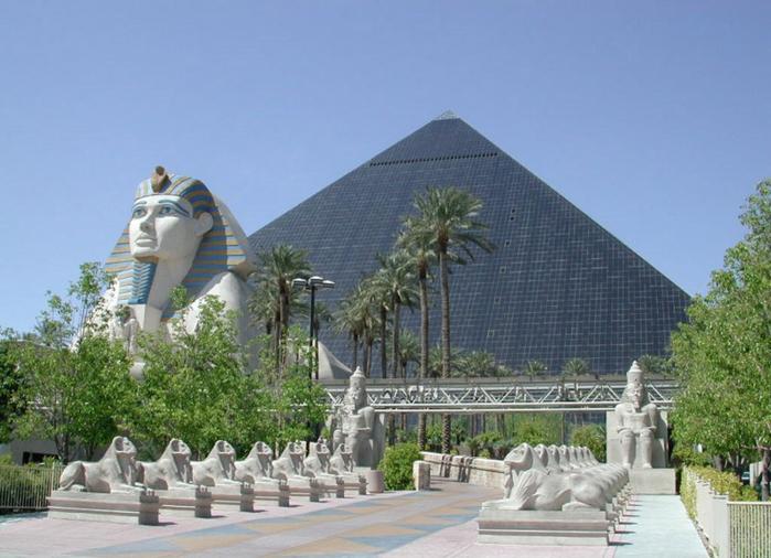 Отель Luxor hotel и Casino, Las Vegas - Пожить в пирамиде. 18232