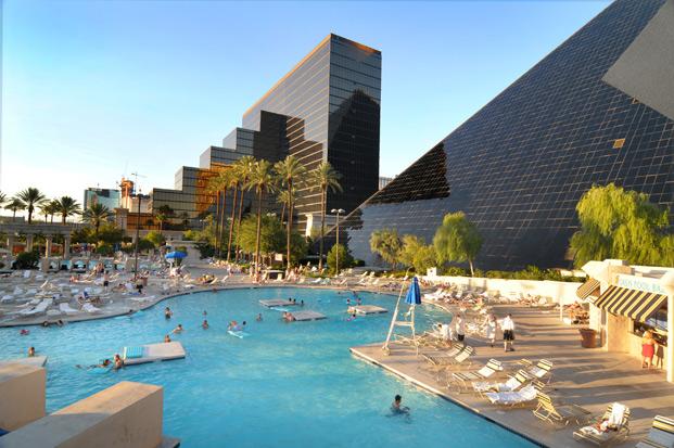 Отель Luxor hotel и Casino, Las Vegas - Пожить в пирамиде. 62142